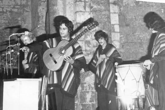 1976: Les Calchakis ( groupe d'exilés chiliens) «Missa Criola»