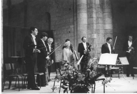 Musique en famille en1980 : Matthias Maurer, Paul, Maud, Yan-Pascal, Maria de la Pau Tortelier, Frédérique, Patrice , Renaud Fontanarosa et Marielle Nordmann Bruno et Régis Pasquier…