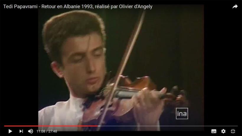 Retour en Albanie 1993, réalisé par Olivier d'Angely